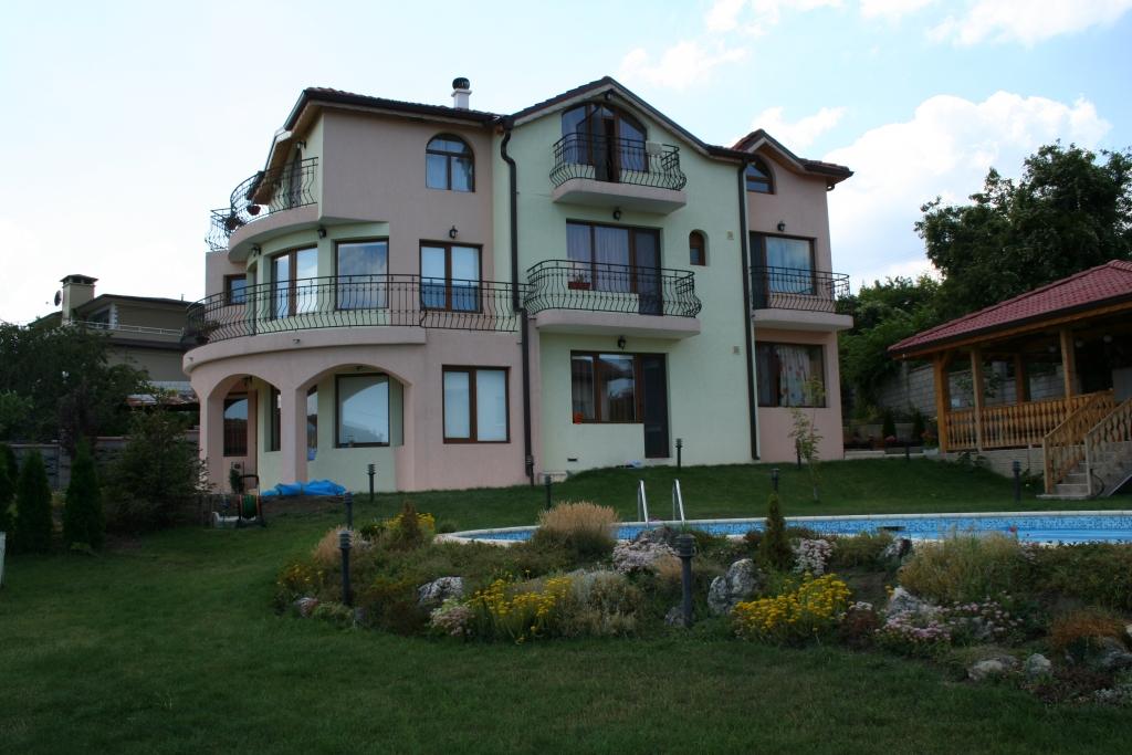 къща – Виница 2